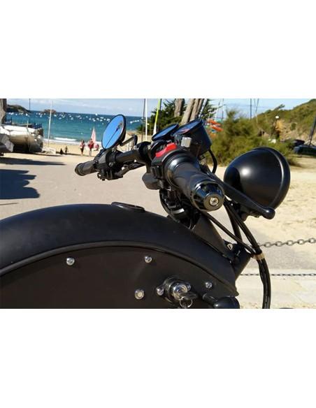 Moto futuriste électrique avec une batterie de 60 Volts et 27 Ah