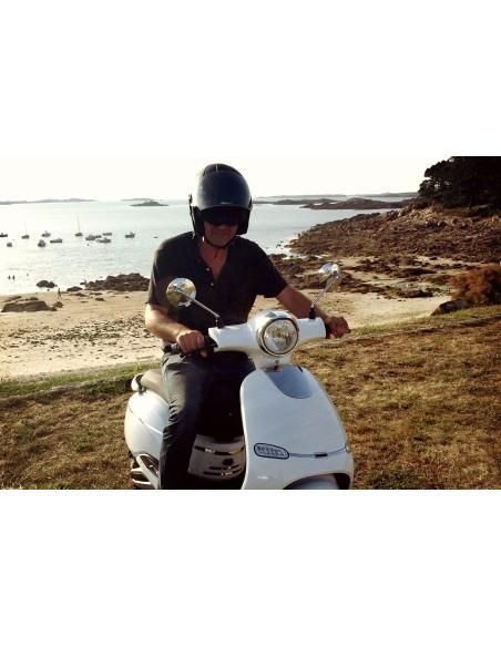 Scooter 100% électrique plage