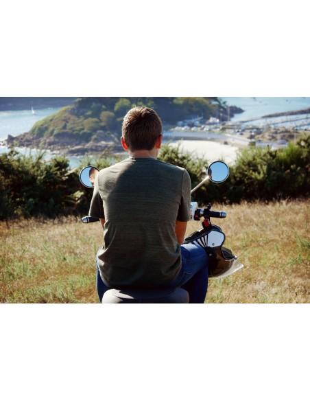 scooter électrique e-swan idéal pour une balade en mer