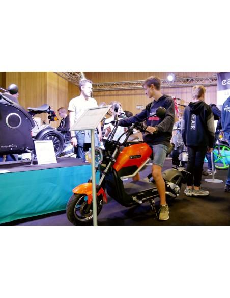Moto électrique e-miku max 50 cc disponible dès 14 ans