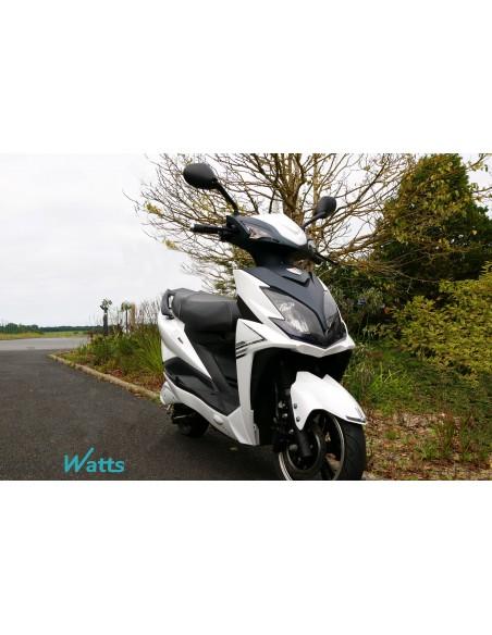 Scooter électrique e-Opai 50 cm³ blanc pas cher