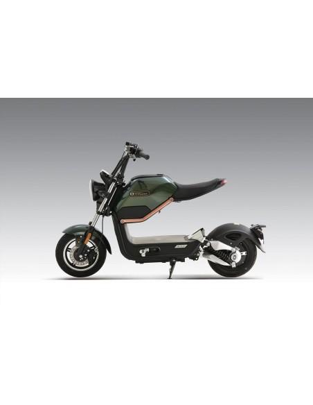 Moto verte électrique e-miku max easy watts qui propose une vitesse de 45 km/h