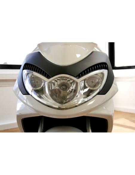 Phare du scooter électrique livreur e-stock