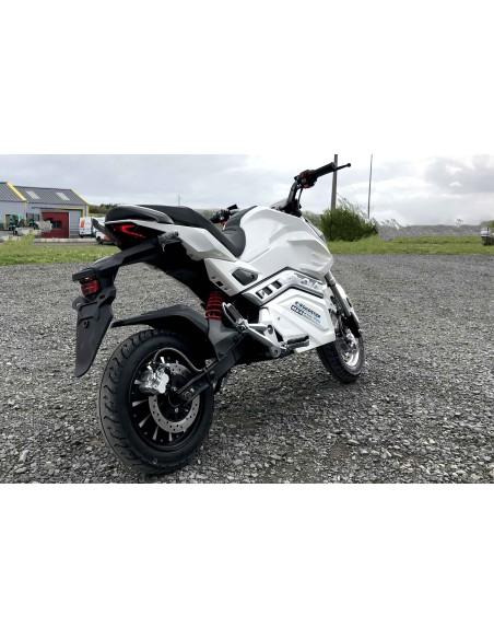 Roadster électrique 125 cc