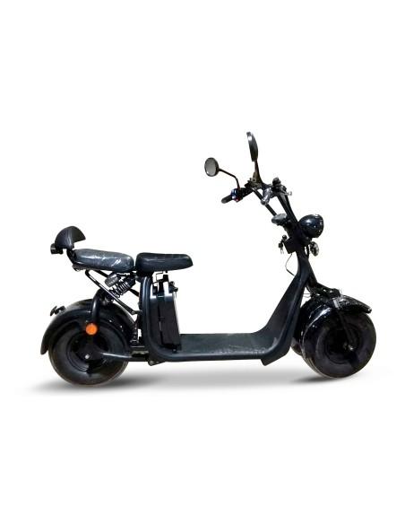 scooter électrique pour rouler sur la plage avec des gros pneus